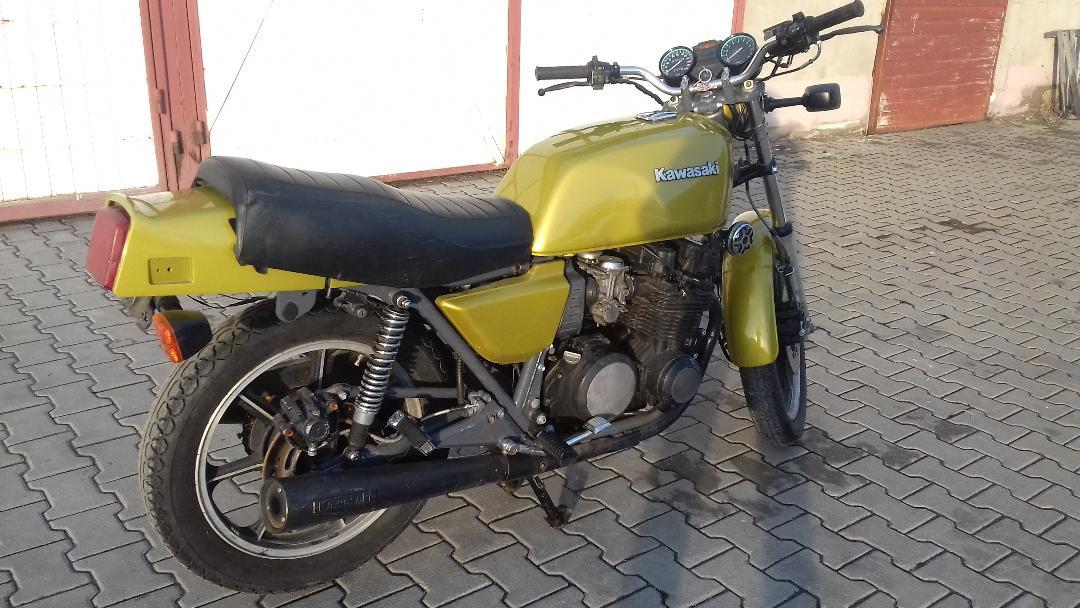 Kawasaki z 750 e cafe racer custom dgr avon 17 machines oldtimer restauration